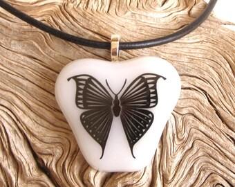 Papillon en verre pendentif collier papillon noir décalque sur verre blanc