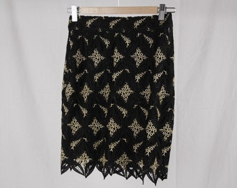 Authentic GAI MATTIOLO COUTURE Vintage Black and Golden macrame skirt size 42