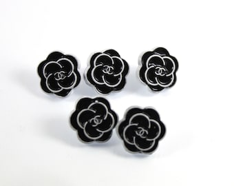 Chanel Buttons Set of 5 12mm. Vintage Preowned Classic Black and White Flower Metal Buttons