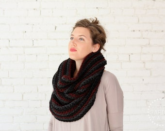 THE CORRUGATE COWL | 21 Color Choices | Chunky Knit Textured Infinity Cowl Scarf