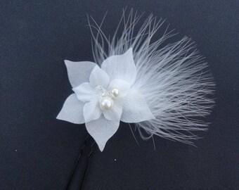 Silk flower bridal fascinator, wedding pic, feathers, Bridal hair accessory