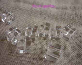 set of 10 Crystal 8mm cube shape beads