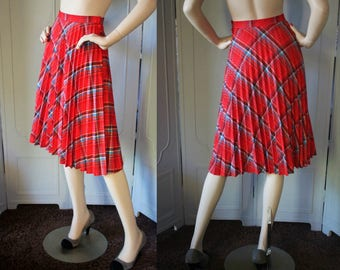 Vintage 70's Knife Pleat Red Plaid Skirt from Plus 1. XS to Small.