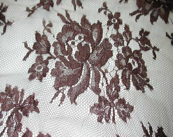 """No. 300 OMBRE CHOCOLATE BROWN French Solstiss Chantilly Lace, Dbl Scallop, 53"""" x 4.5 Yards"""