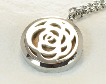 Oil Diffuser 316L Stainless Steel Locket  Necklace With 3 Handmade Leather Pads