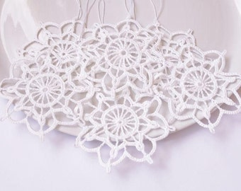 Snowflake Crochet Christmas hanging decorations Crochet snowflakes Hanging Christmas ornaments Festive snowflakes S3