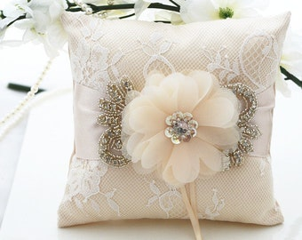 White Wedding Ring Pillow, Ring Bearer Pillow, Wedding Pillow, Wedding Ring Pillow, Ring Bearer, Satin Lace Ring Pillow, Ring Cushion