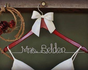 Wedding Hanger Ideas, Mrs Hanger bride, Mrs. Hanger for bride, Bridal Name Hanger, Wire Wedding Hanger, Wood Wedding Hanger, Getting Ready
