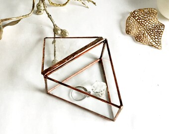 Wedding Ring Box, Triangle Clear Glass Ring Bearer, Glass Box With a Hinged Lid.