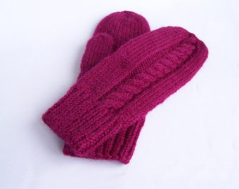 Violet mittens Woman teen knit purple chunky wool mittens Warm cozy mittens For medium size M and L