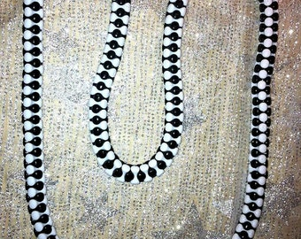 """Black and White Fancy Tri-Bead Long Necklace 29 1/2"""" Mod Retro Vintage Look Hippie Hipster"""