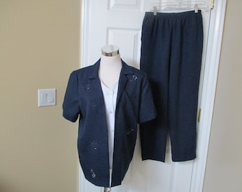 Alfred Dunner Pant Suit Size 10 womens pant suit Blue & white