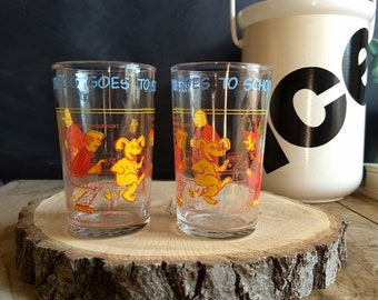 Set of 2 Archie Comics Glasses, Hot Dog Goes to School