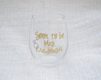 Engagement Gift, Bridal Shower Gift, Engagement Party Gift, Future Mrs, soon to be mrs, bride to be cup, memento, keepsake