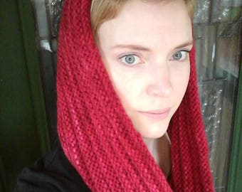 Ribbed Knitted Cowl