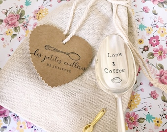 Cotton/linen with a little gold heart charm sewn purse