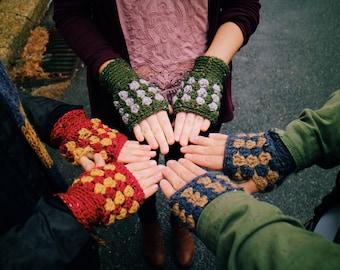 Hogwarts Fingerless Gloves