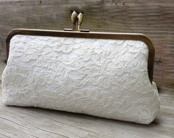 Chantilly Lace Kisslock-- Ivory Bridal Clutch