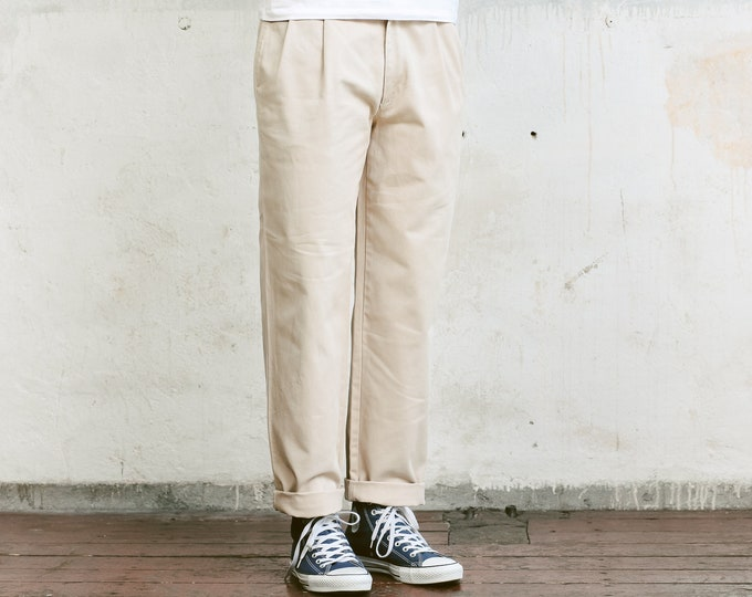 Vintage Beige Dockers Chino Pants . Mens 90s Pants Straight Leg Dad Pants Oldschool Chinos Nerd Everyday Clothing Dad Gift . size Medium M