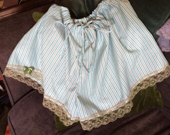 Loose and easy wearing women's bloomer/ boxer shorts in fine delicately striped Nepalese cotton.