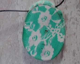Wood  (Walnut) necklace, Green FLOWERS