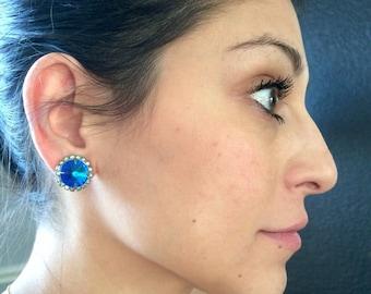 Beautiful Vintage Blue Clip on Earrings
