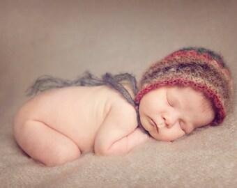 Newborn Bonnie Bonnet - Mohair photography prop crochet pattern