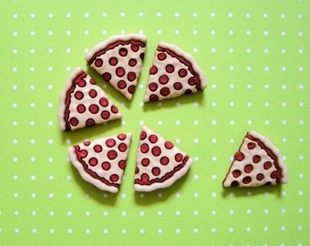 Pizza Cabochons 12pc