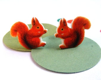 Red squirrel earrings, animal jewellery, squirrels studs