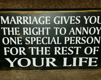 Marrive Gives YouThe Right- Box Sign