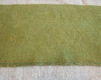 Teint à la main laine tissu - vert sauge laine - tapis accrocher - applique et l'artisanat - primitive d'artisanat - quilting arts de l'aiguille - couture - - 062