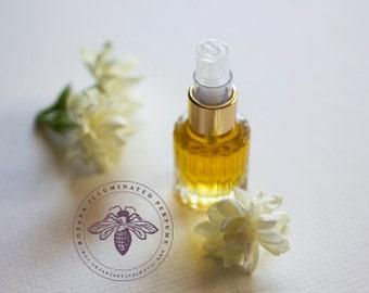 Lyra Eau de Parfum - A Botanical Perfume featuring sweet flowers and amber - Organic jasmine fragrance - Aphrodite - Feminine and uplifting