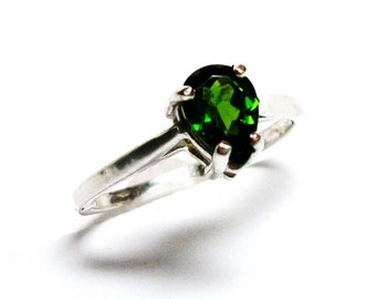 "Chrome diopside, green pear ring, chrome diopside  ring, solitaire ring, green ring, s 5 1/2   ""Weeping Willow"""
