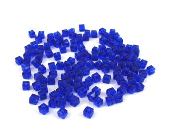 50 beads cubes 3 mm dark blue glass