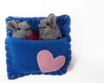 mouse bed, mouse sleeping bag, love mice, tiny stuffed toy, cute mouse, valentine gift,
