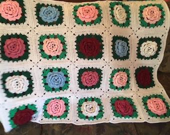 Crochet Rose Afghan Vintage, Hand Crochet Throw, Baby Blanket