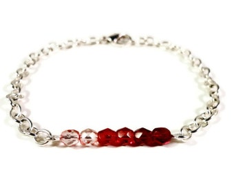Red Ombre Bracelet, Beaded Bar Bracelet, Red and Pink Glass, Valentine's Day Jewelry, Beadwork Bracelet, Chain Bracelet, Simple, Dainty