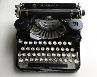 Underwood Typewriter Portable 4 Bank 1920