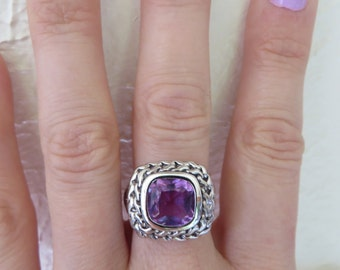 Absolutely Stunning Purple Cable Silver Ring Size 7
