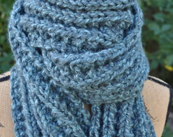 Chunky Hand Knit Scarf - Mens Long Knitted Scarf - Wide Ladies Warm Wool Scarf - Womans Winter Neckwarmer - Teen Scarf - Heather Green-Blue