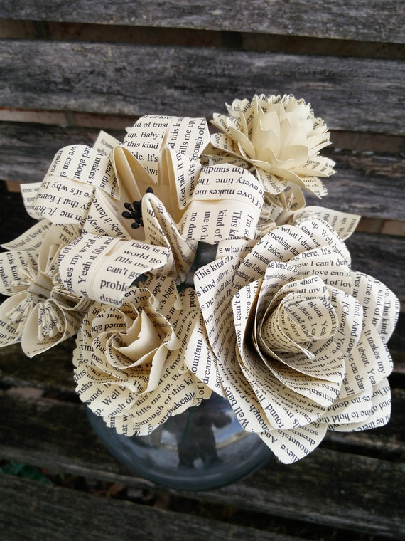 Custom Song Lyric Bouquet. CHOOSE YOUR SONG! Valentine, Anniversary, Wedding, Centerpiece, Gift For Mom.
