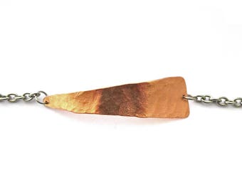 Copper triangle bracelet, hammered copper triangle, stainless steel finishing and chain, minimal, mixed metals bracelet, copper steel