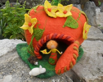 Felt Pumpkin House, Halloween pumpkin, pumpkin fairy house,Felt play house,Felt Play Mat, Felt Play Scape,Waldorf,Nature Table, felt animals