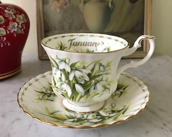 Vintage Royal Albert January Tea Cup Saucer Flowers of the Month Series Snowdrops Bone China Made in England 70's Chic Teacup Collectible