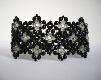 Black bracelet, Black pearl bracelet, Beadwork bracelet, Black diamon firepolish, Black glass pearl bracelet, Seed bead bracelet, Beaded