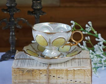 Vintage Japan teacup set -  Footed Tea Cup & Saucer Made in Japan -  Downton Abbey tea