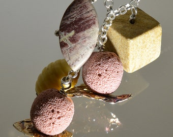 Necklace in silver and semiprecious stones