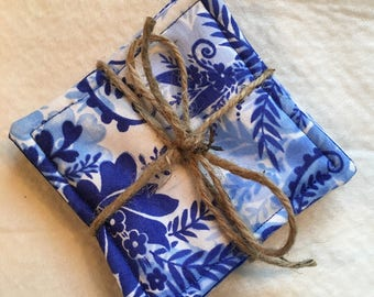 Blue Floral-Coasters-Fabric drink coasters-Revesible coasters-Quilted coasters-