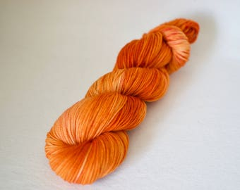 "Superwash DK Yarn - 100g, 218 yards - ""Tibet"" Hand Dyed Yarn - Merino Wool"