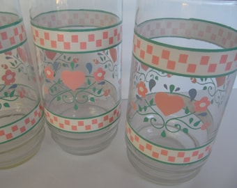 Glass Tumblers - Flowers and Hearts -  Set of 4 - Vintage Country Charm - Ice Tea - Water Glasses